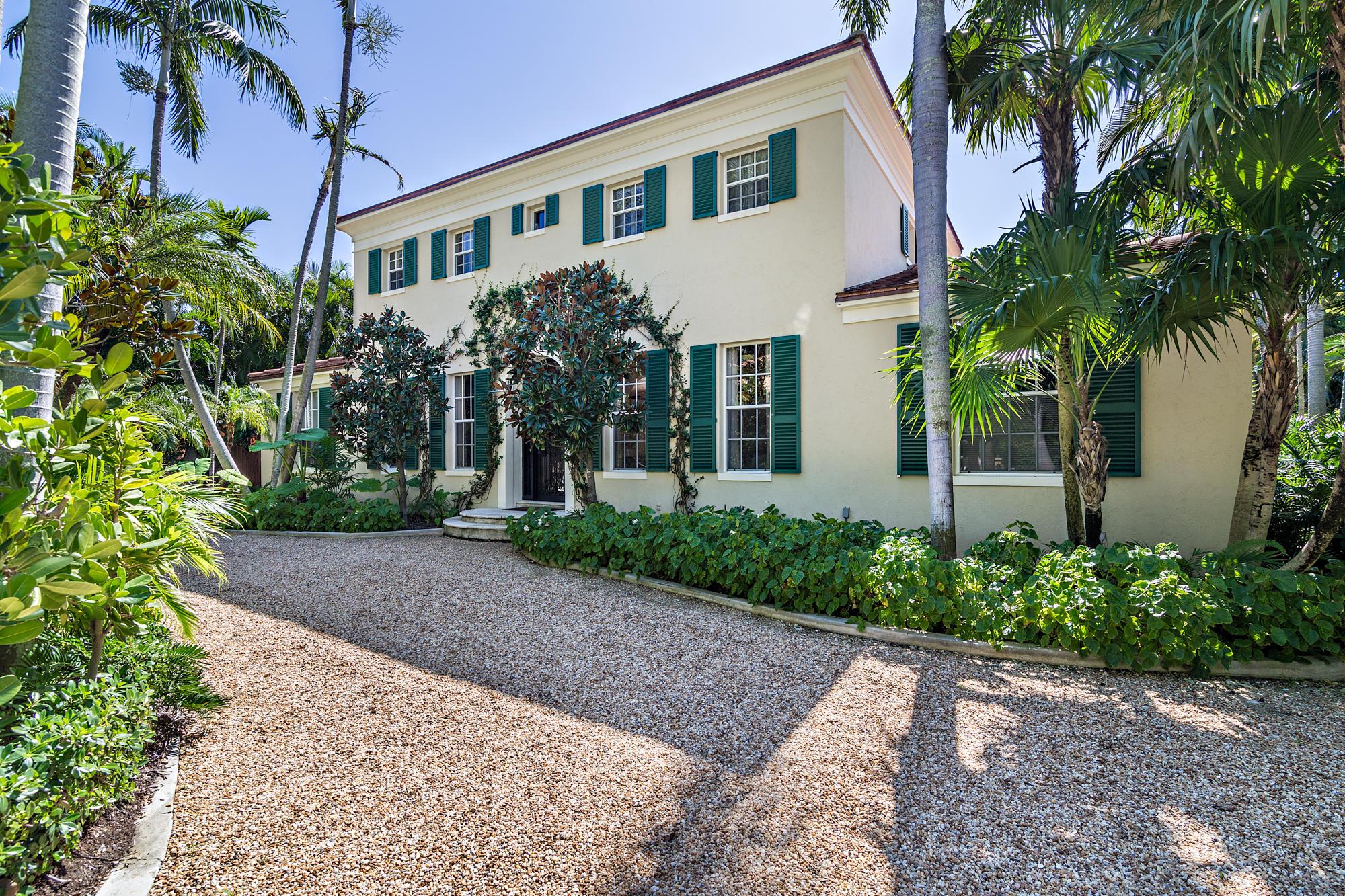 236 La Puerta Way, Palm Beach, Florida 33480, 4 Bedrooms Bedrooms, ,3.1 BathroomsBathrooms,Single Family,For Sale,La Puerta,RX-10574246