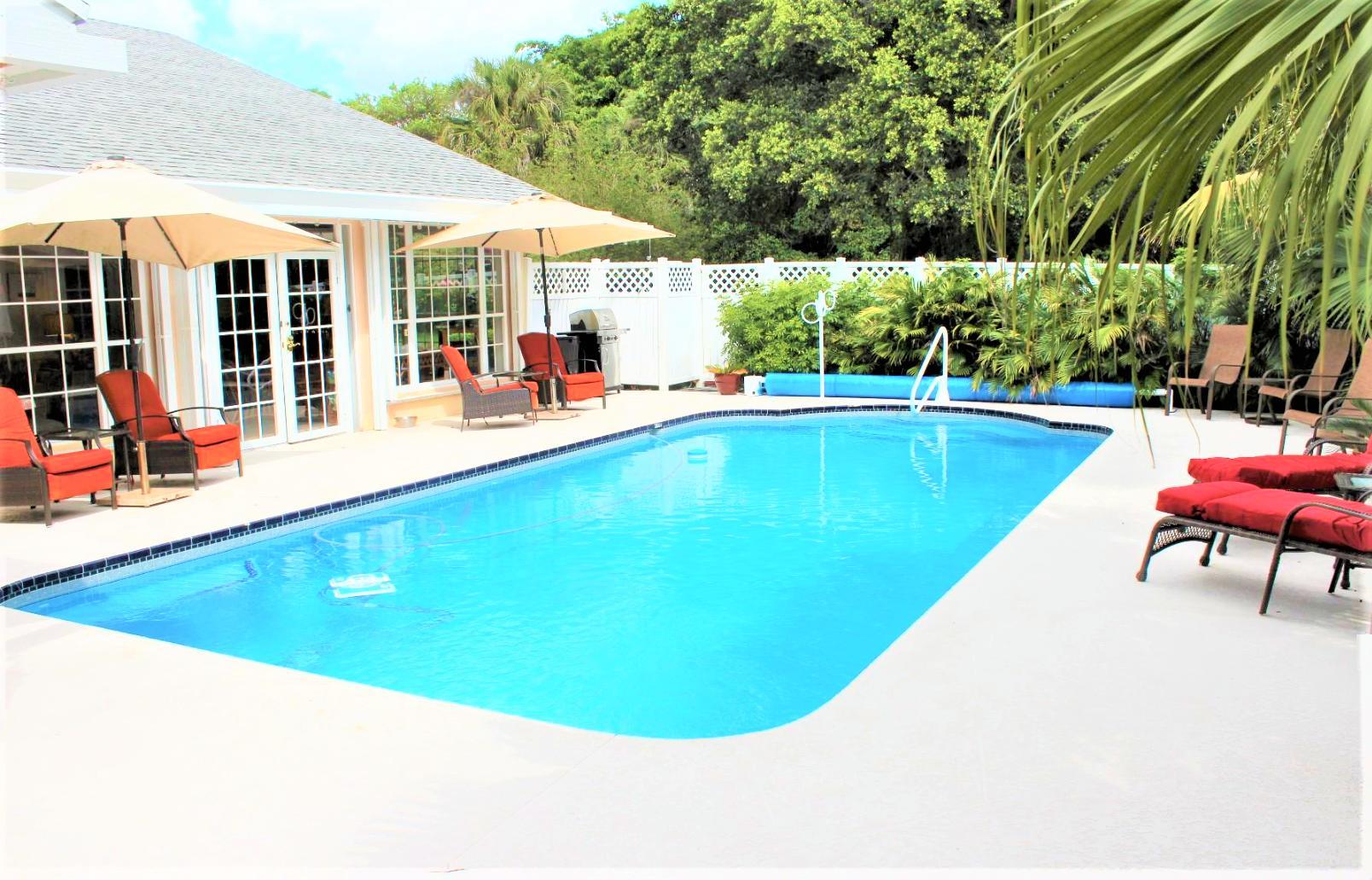 Photo of 580 Pine Hollow Lane, West Palm Beach, FL 33413