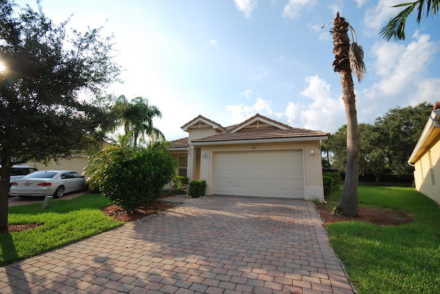 Photo of 349 Mulberry Grove Road, Royal Palm Beach, FL 33411