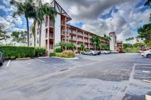7280 Amberly Lane, 305, Delray Beach, FL 33446