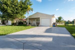 8438 Summer Field Place Boca Raton FL 33433