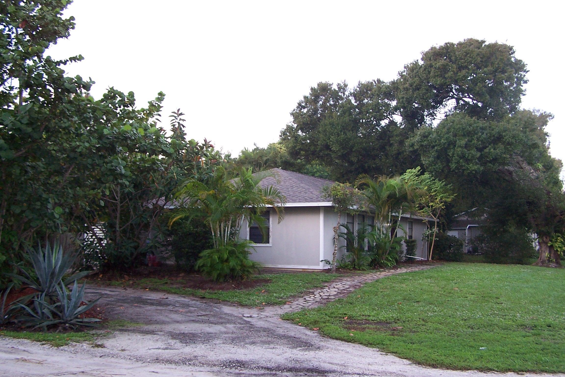 2555 14th Street,Vero Beach,Florida 32962,3 Bedrooms Bedrooms,2 BathroomsBathrooms,Single family detached,14th,RX-10566843