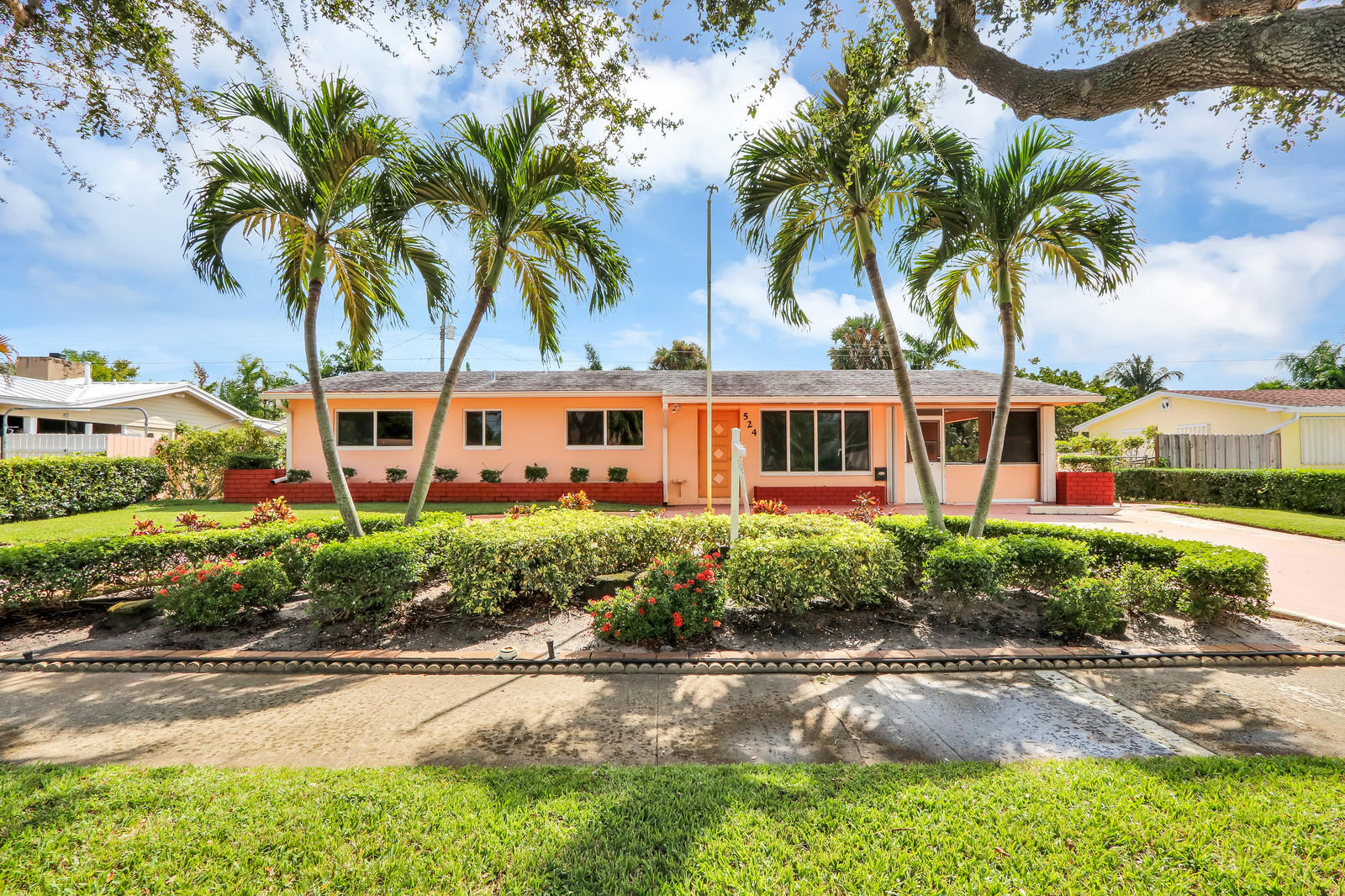 Photo of 524 Inlet Road, North Palm Beach, FL 33408