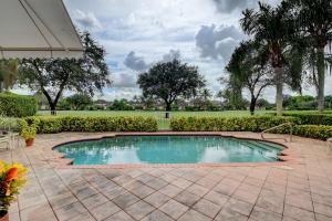 4096 Briarcliff Circle Boca Raton FL 33496