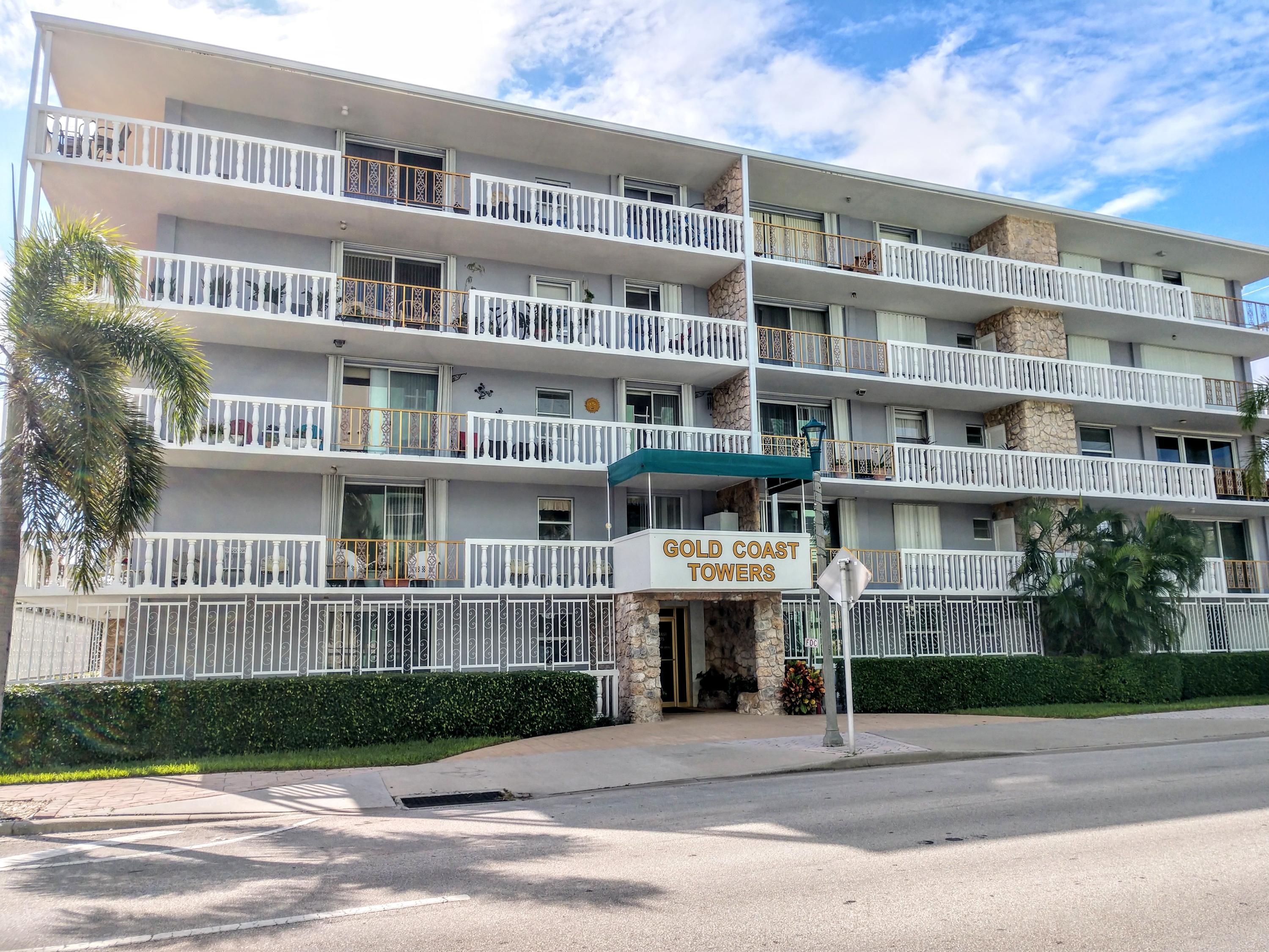 Top floor condo unit that has a spacious balcony/ patio with sweeping views of down town Lake Worth, intracoastal, and the island of Palm Beach.  The building has just undergone major improvements including new roof in July 2019, new paint on entire building, new elevator in 2015.  All major building expenses recently completed.  This two bedroom two bath unit is light and bright, ceramic tile and wood in living area, carpet in bedrooms.  Kitchen has lots of cabinets and counter space.  Each bedroom has it's own walk-in closets.  Bathrooms have been upgraded with granite counter tops, cabinets, and fixtures.  Covered parking, leasing okay after 1 year.  The building is steps away from the park, golf course, beach, park, downtown, shops, and restaurants.