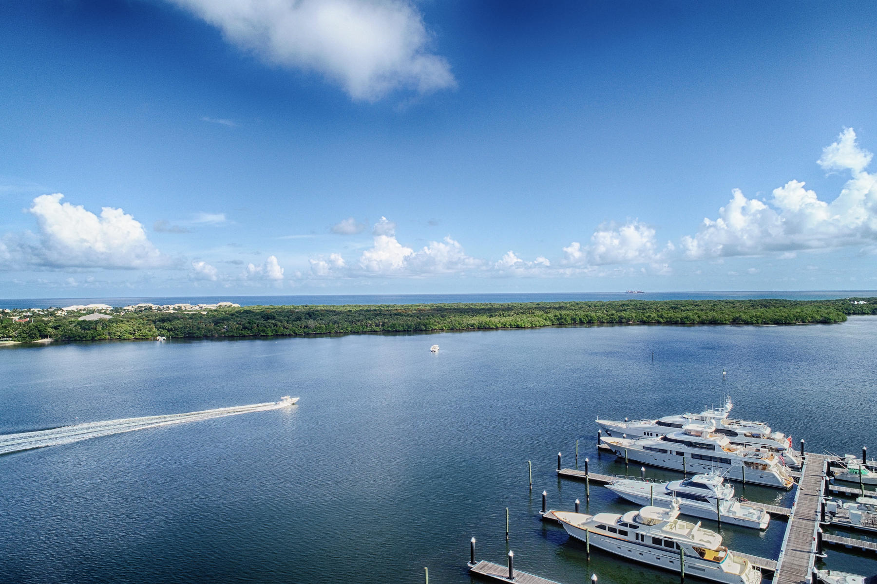 Photo of 124 Lakeshore Drive #929, North Palm Beach, FL 33408