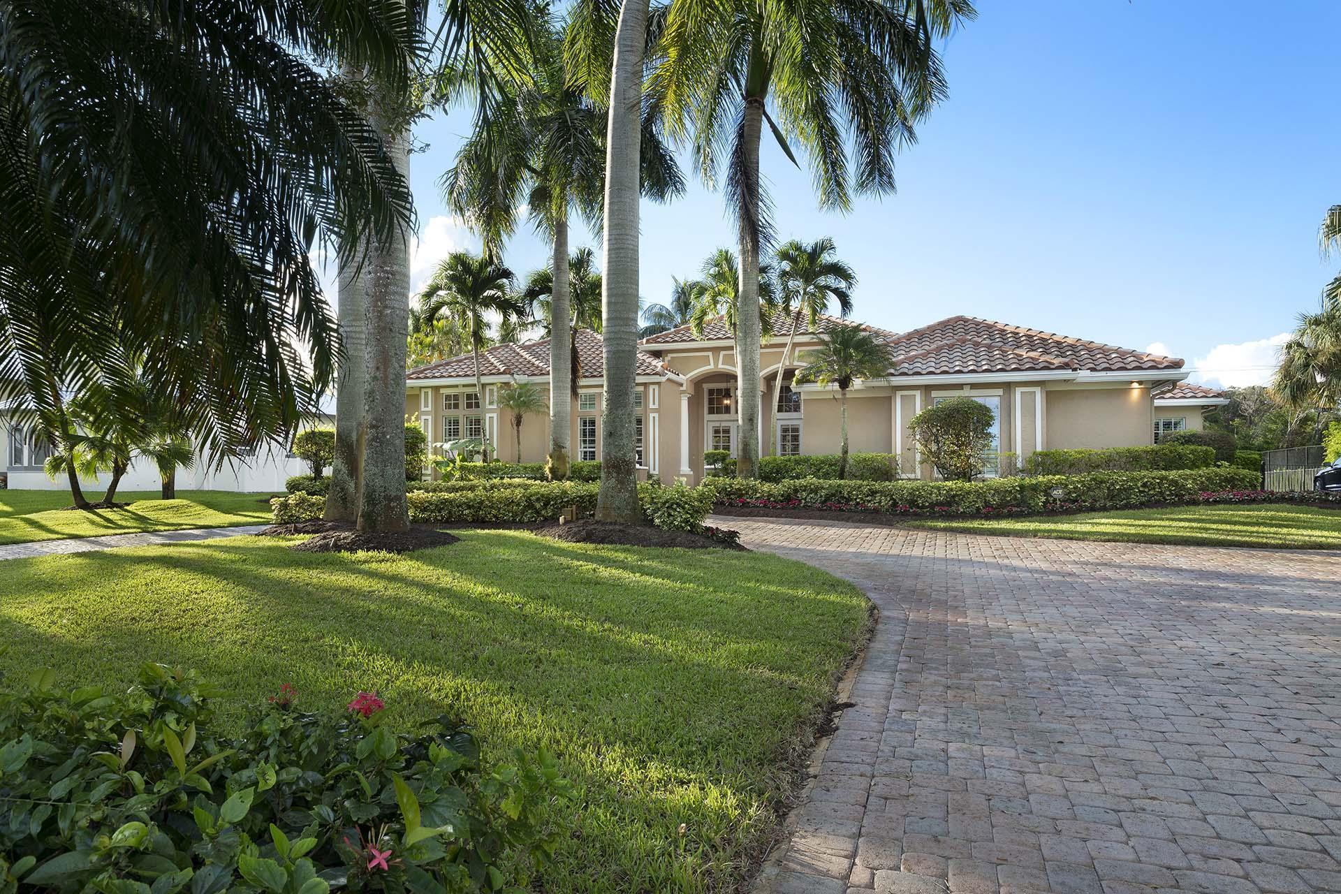 Photo of 17984 Fieldbrook Circle S, Boca Raton, FL 33496