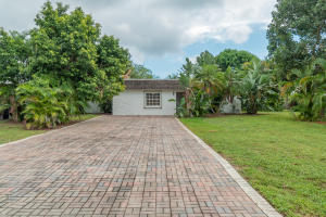 6606 Paul Mar Drive, Lake Worth, FL 33462