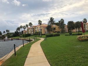 140 Yacht Club Way, 307, Hypoluxo, FL 33462