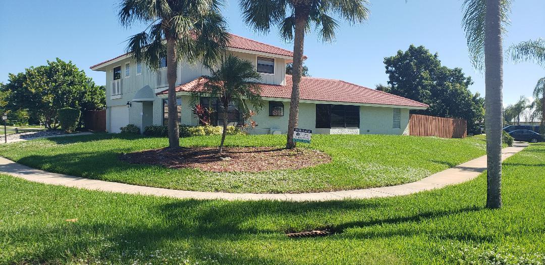 86 W Pine Hill Trail W, Jupiter, FL 33469