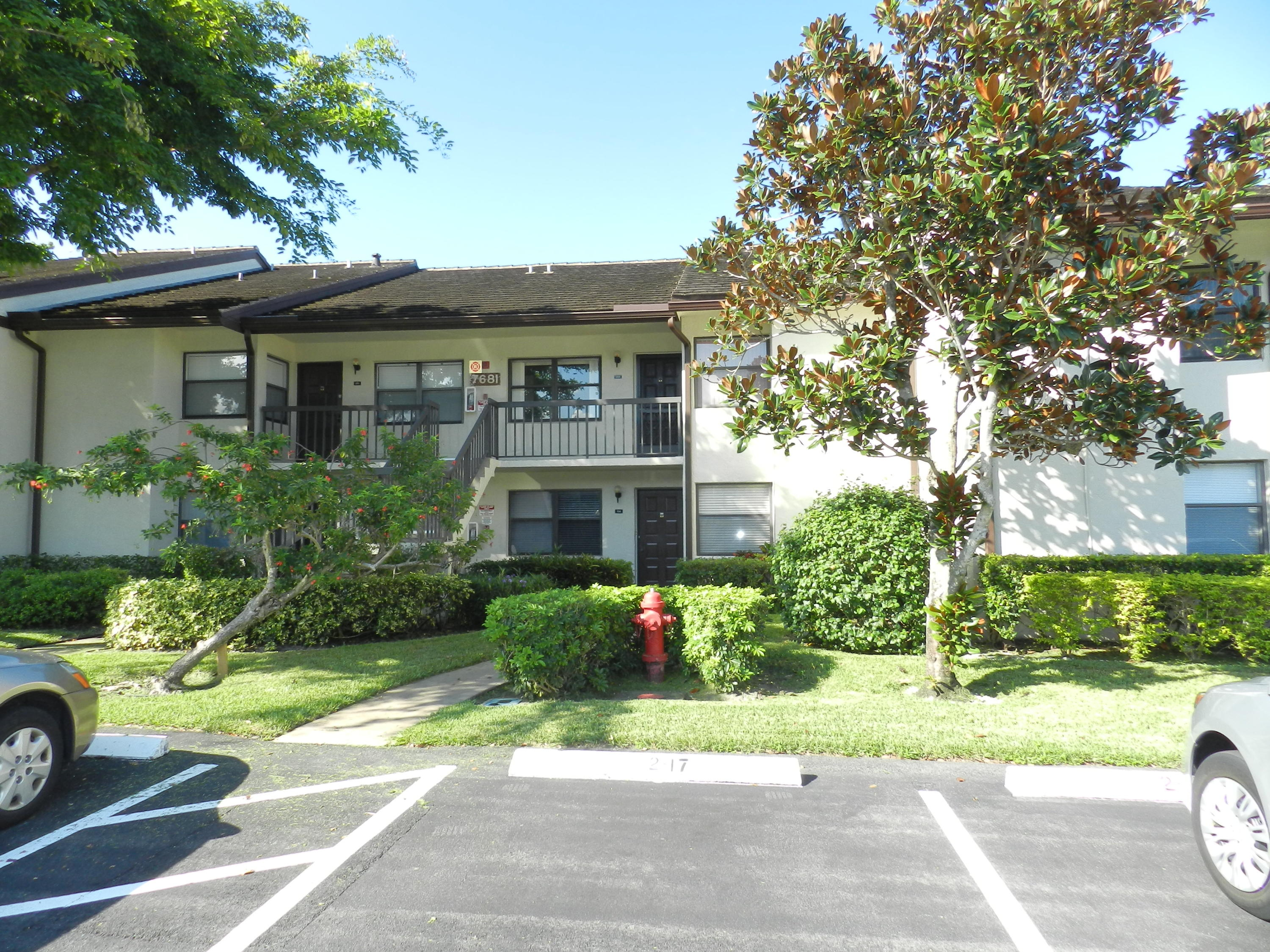 This 2 Bedroom/2 bath 1st floor condo has been loved by its owner and it shows! Once inside, you have a Living, Dining and Florida rooms that are open and spacious. The Kitchen has a pass through to the dining area and has granite counter tops and plenty of cabinet space. Now, the Master bedroom has a nice sized walk-in closet and a private screened patio. Master and second bathrooms has granite counter tops and newer vanities.  This unit also has an Utility Room with a stack able Washer/Dryer. Lucerne Lakes Amenities includes a Clubhouse, pool, bus service and golf. Now, this is a non equity community and is close to shopping, dining and the turnpike. Hurry, before this gem of a unit gets away! Can be unfurnished or partially furnished.