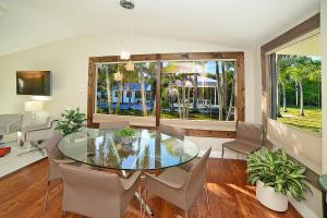 387 Enfield Street Boca Raton FL 33487