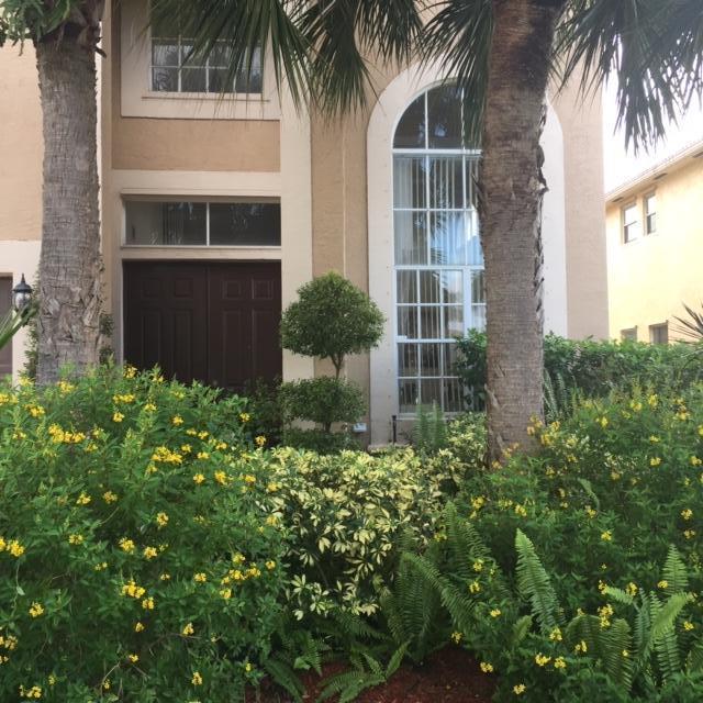 Photo of 2302 Ridgewood Circle, Royal Palm Beach, FL 33411