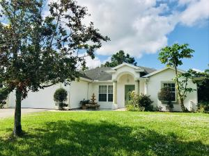 5405 Seagrape Drive, Fort Pierce, FL 34982