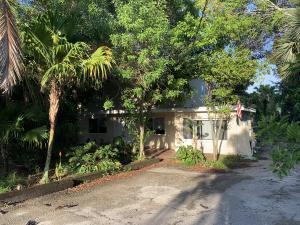 6787 High Ridge Road, Lake Worth, FL 33462
