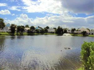 34 Dorchester Circle, Palm Beach Gardens, FL 33418
