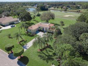 8739 Marlamoor Lane, Palm Beach Gardens, FL 33412