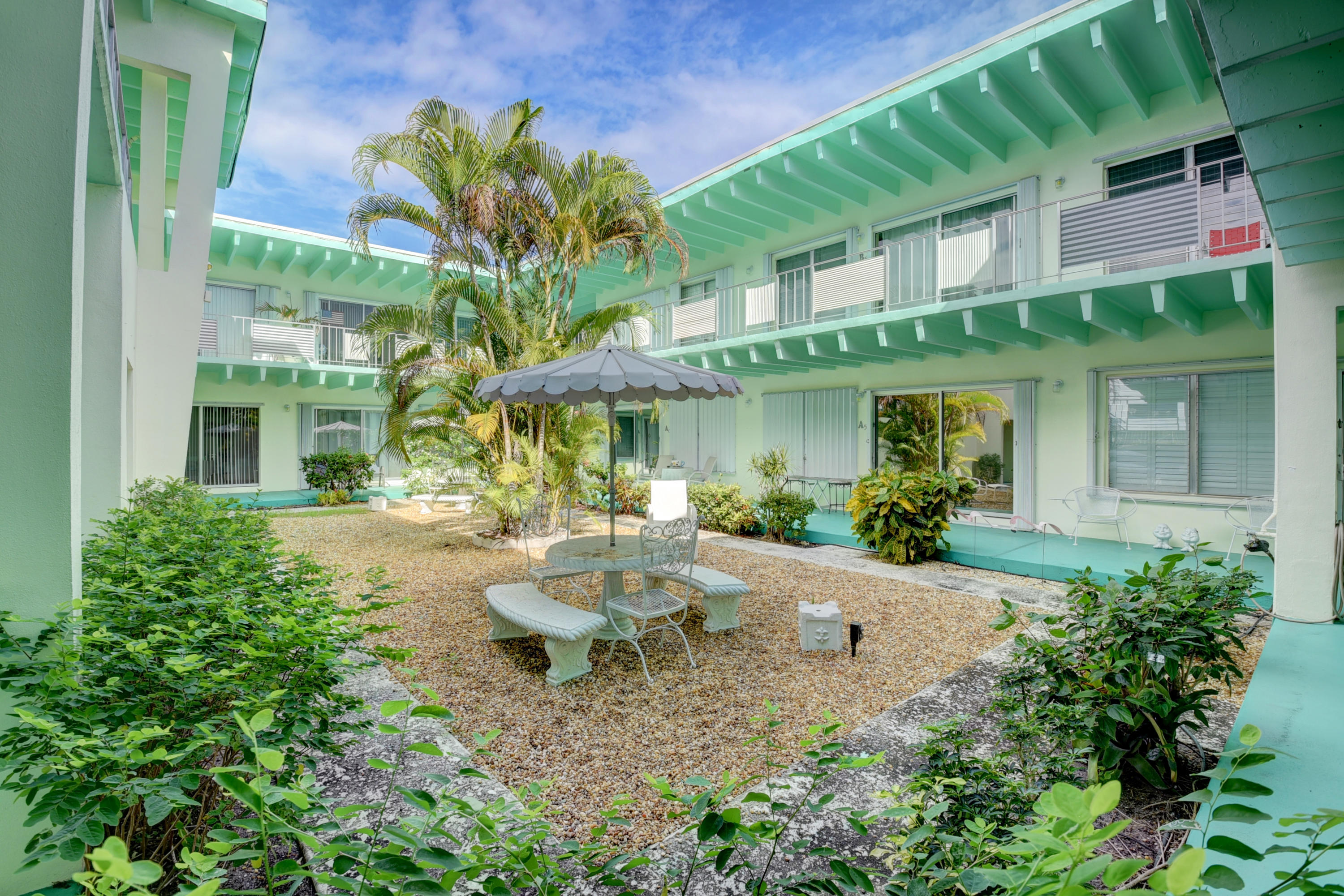 Enjoy the quaint Historical District of the Parrot Cove neighborhood in this great 1 bedroom  & 1 bathroom condo located in Caribe. This unit features updates in both the kitchen and the bathroom and full hurricane protection. Caribe is conveniently located near Downtown Lake Worth, shopping, dining and entertainment.