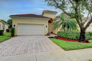 7035 Demedici Circle, Delray Beach, FL 33446