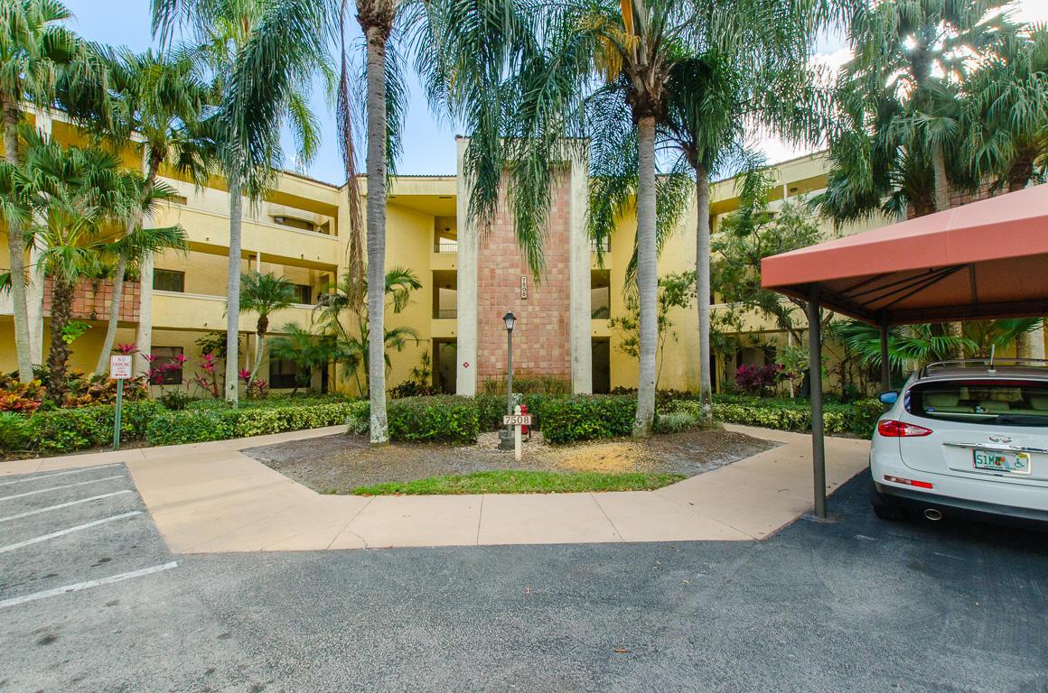 7508 La Paz Boulevard UNIT 208 Boca Raton, FL 33433