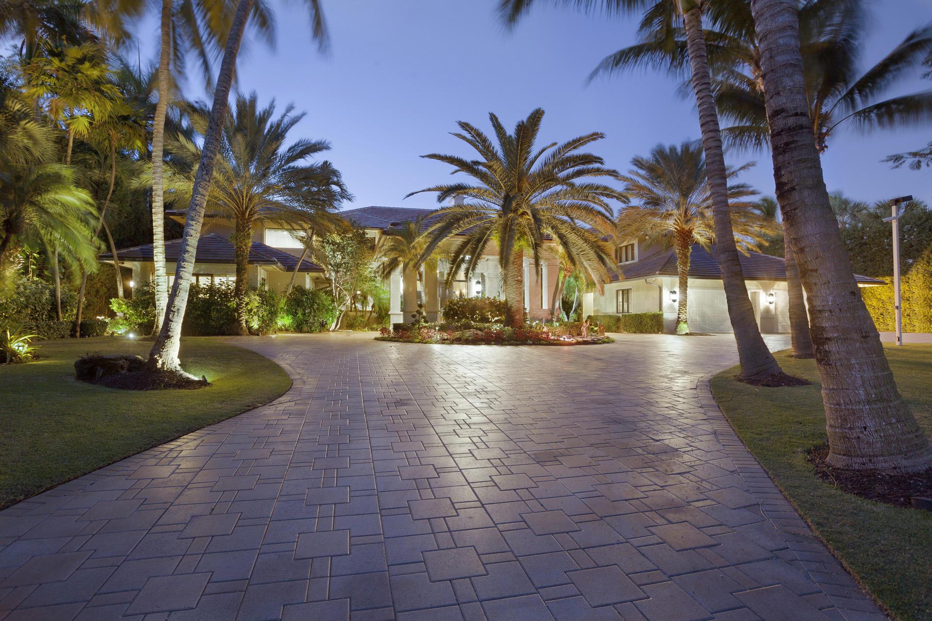 Boca Raton, Florida 33432, 4 Bedrooms Bedrooms, ,6 BathroomsBathrooms,Residential,For Sale,Lake,RX-10579389