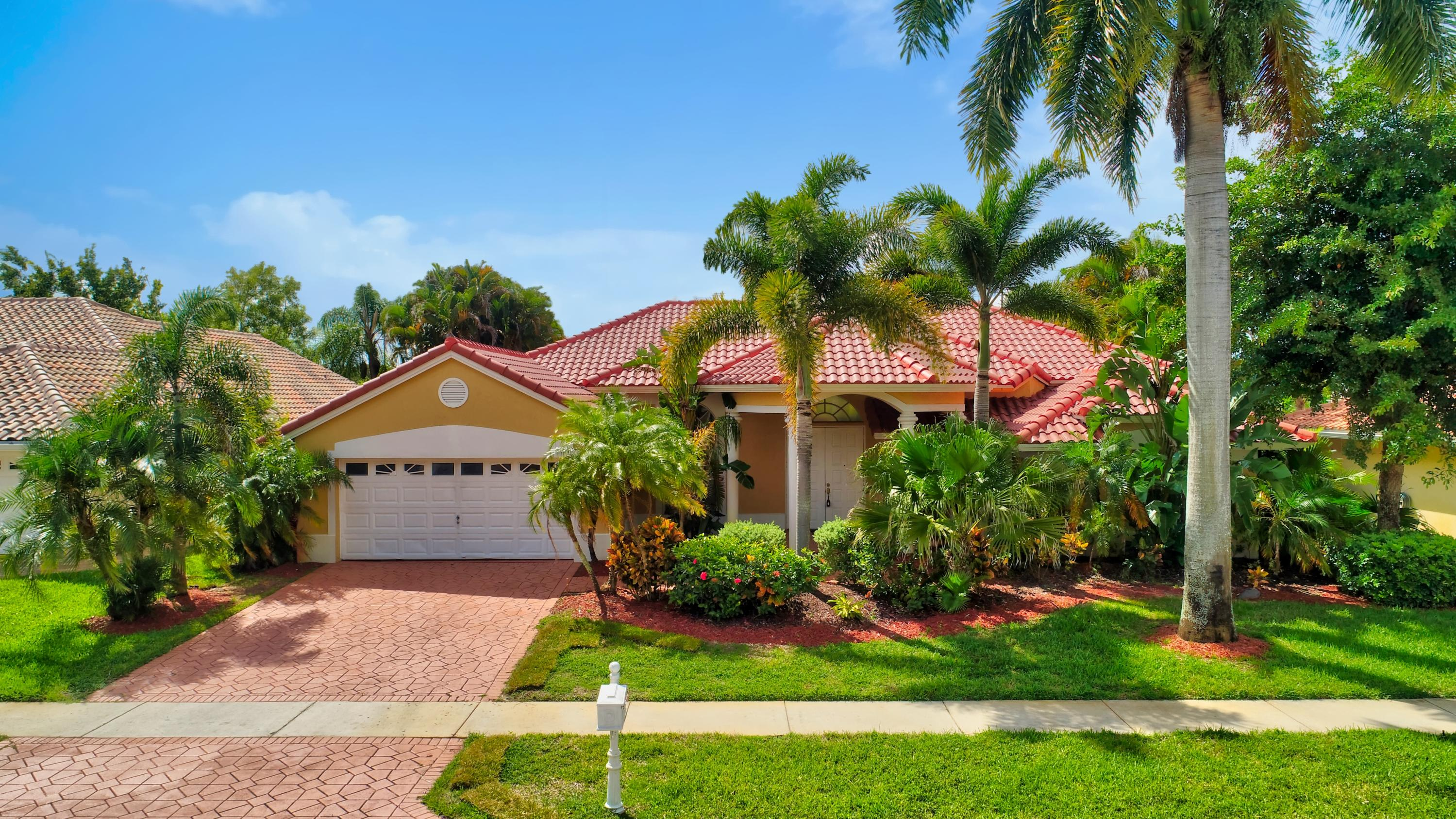 Photo of 19220 Cloister Lake Lane, Boca Raton, FL 33498