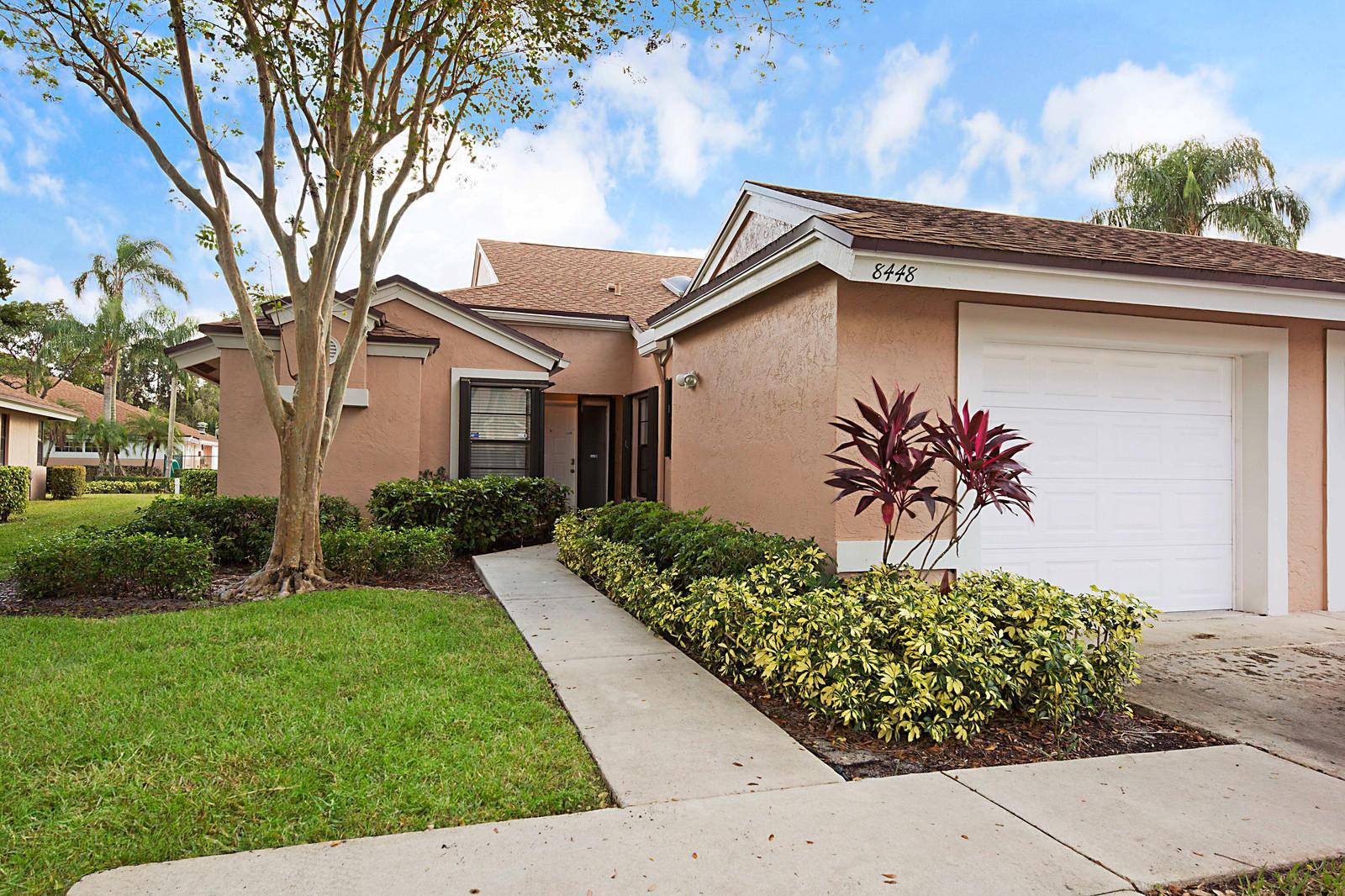 8448 Park Gate Road Boca Raton, FL 33496