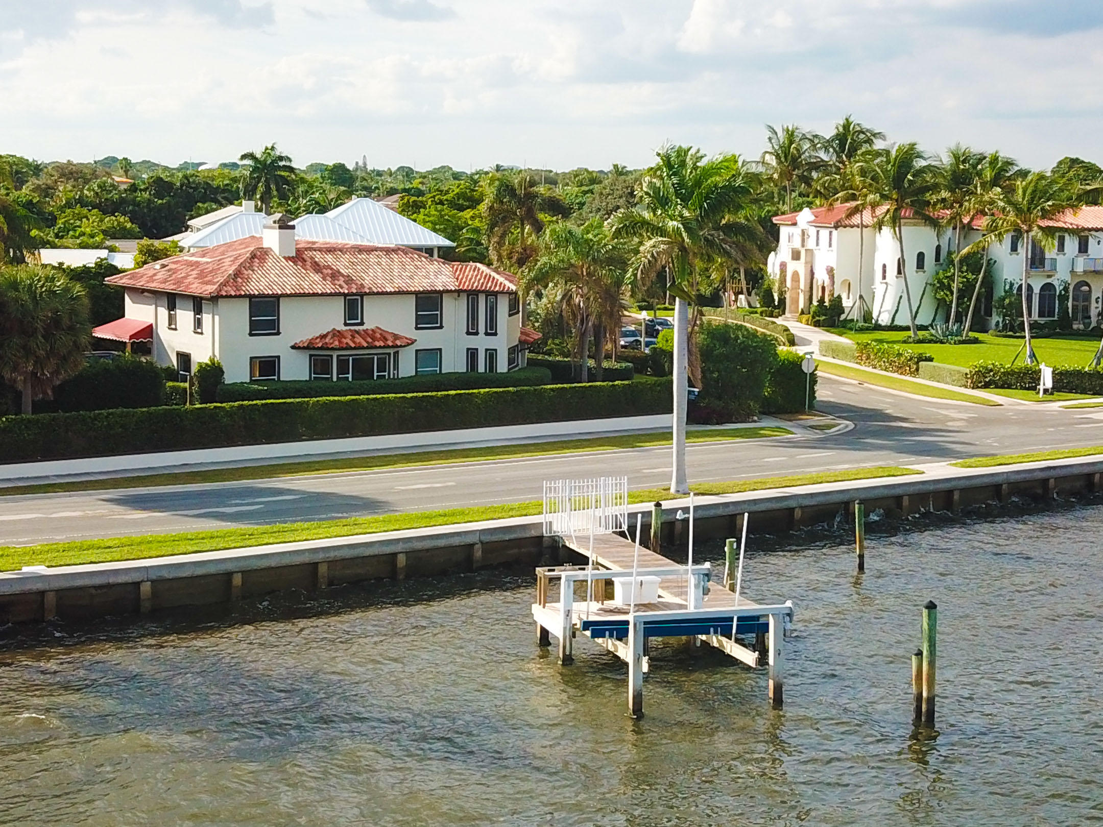 108 Bloomfield Drive, West Palm Beach, Florida 33405, 5 Bedrooms Bedrooms, ,5.1 BathroomsBathrooms,Single Family,For Sale,Bloomfield,RX-10579683