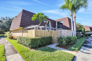 1002 10th Lane, Palm Beach Gardens, FL 33418