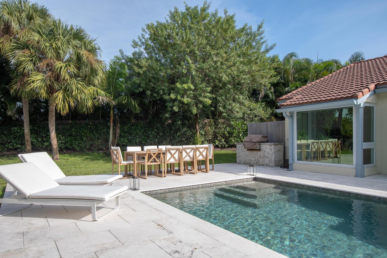 2232 Las Casitas Drive, Wellington, Florida 33414, 3 Bedrooms Bedrooms, ,2 BathroomsBathrooms,Villa,For Sale,PALM BEACH POLO,Las Casitas,1,RX-10581981