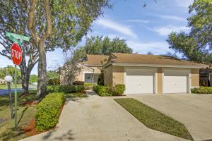 8423 Springlake Drive, Boca Raton, FL 33496