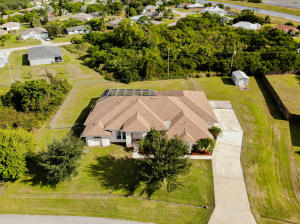 265 SW South Quick Circle, Port Saint Lucie, FL 34953
