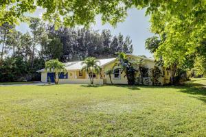 5588 SE Lamay Drive, Stuart, FL 34997