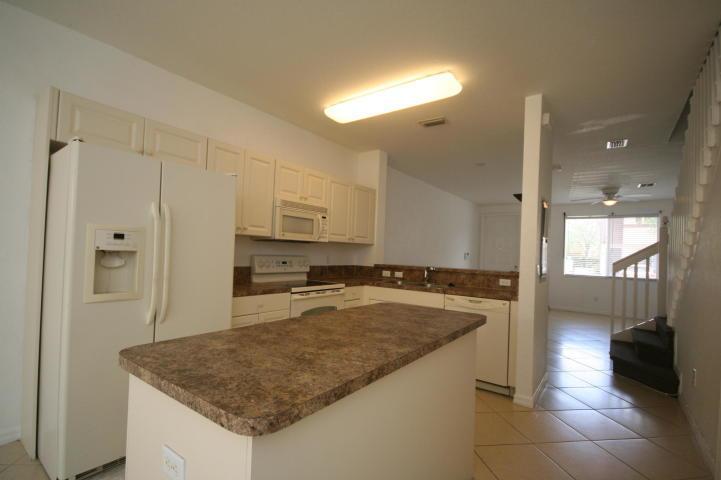 1918 Hibiscus Lane, Riviera Beach, Florida 33404, 3 Bedrooms Bedrooms, ,2.1 BathroomsBathrooms,Townhouse,For Rent,Hibiscus,1,RX-10582674