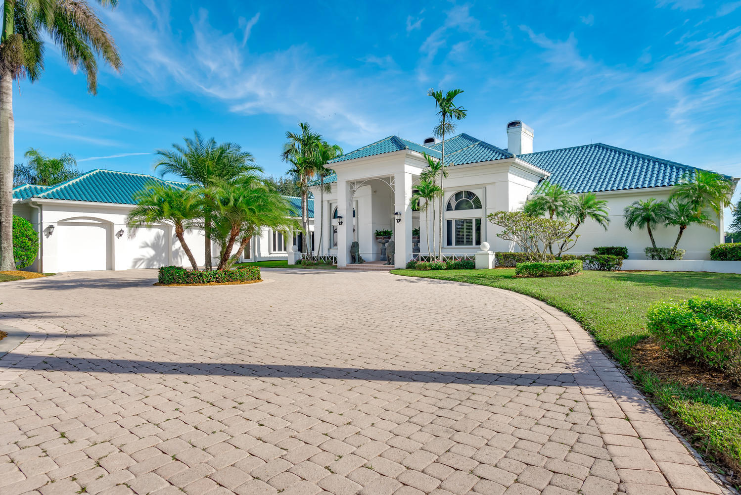 Wellington, Florida 33414, 5 Bedrooms Bedrooms, ,6 BathroomsBathrooms,Residential,For Sale,Santa Barbara,RX-10584916