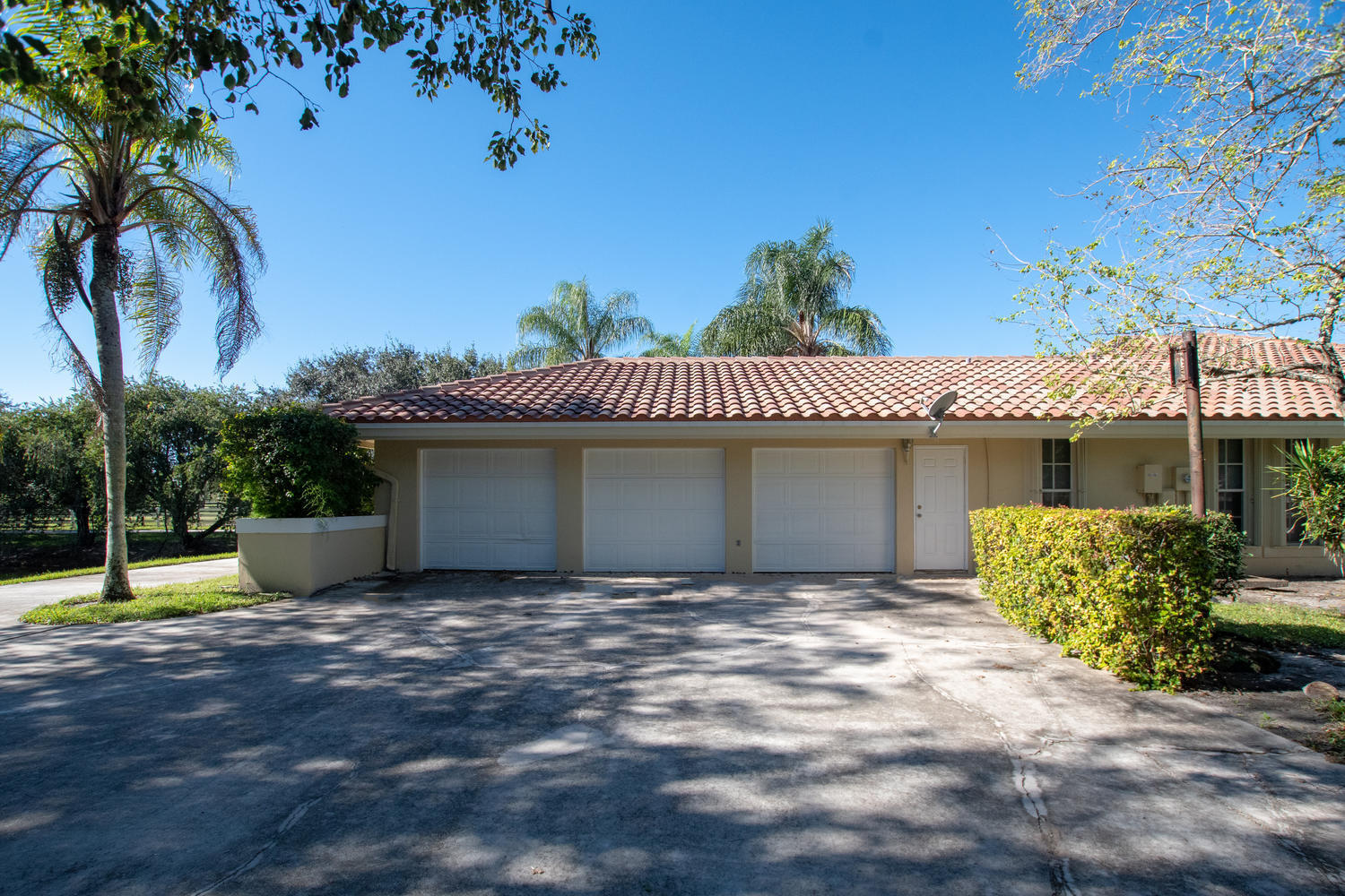 14794 Rolling Rock Place, Wellington, Florida 33414, 5 Bedrooms Bedrooms, ,4 BathroomsBathrooms,Single Family,For Sale,Saddle Trail Park,Rolling Rock,1,RX-10583662