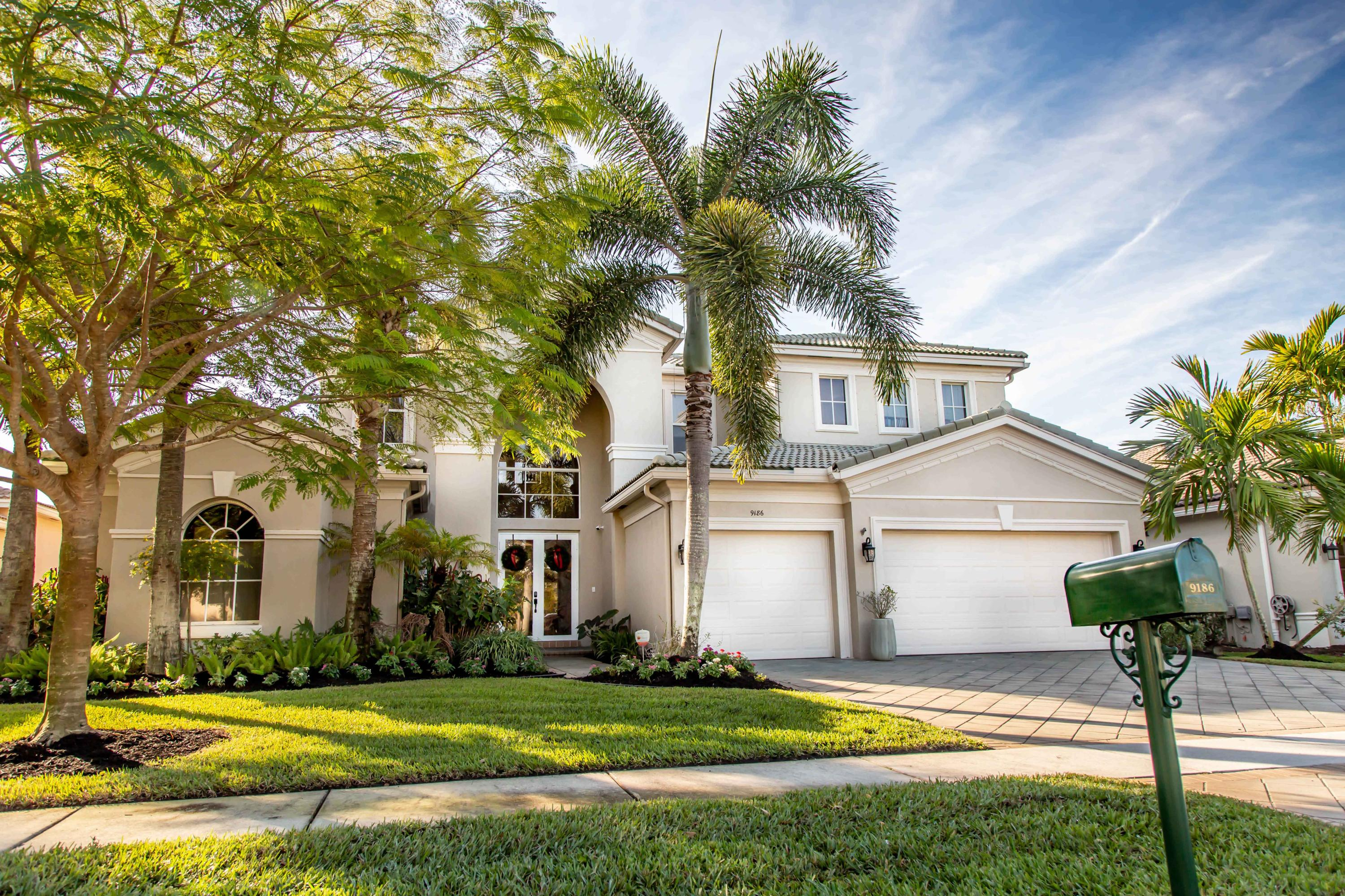 Photo of 9186 Oak Alley Drive, Lake Worth, FL 33467