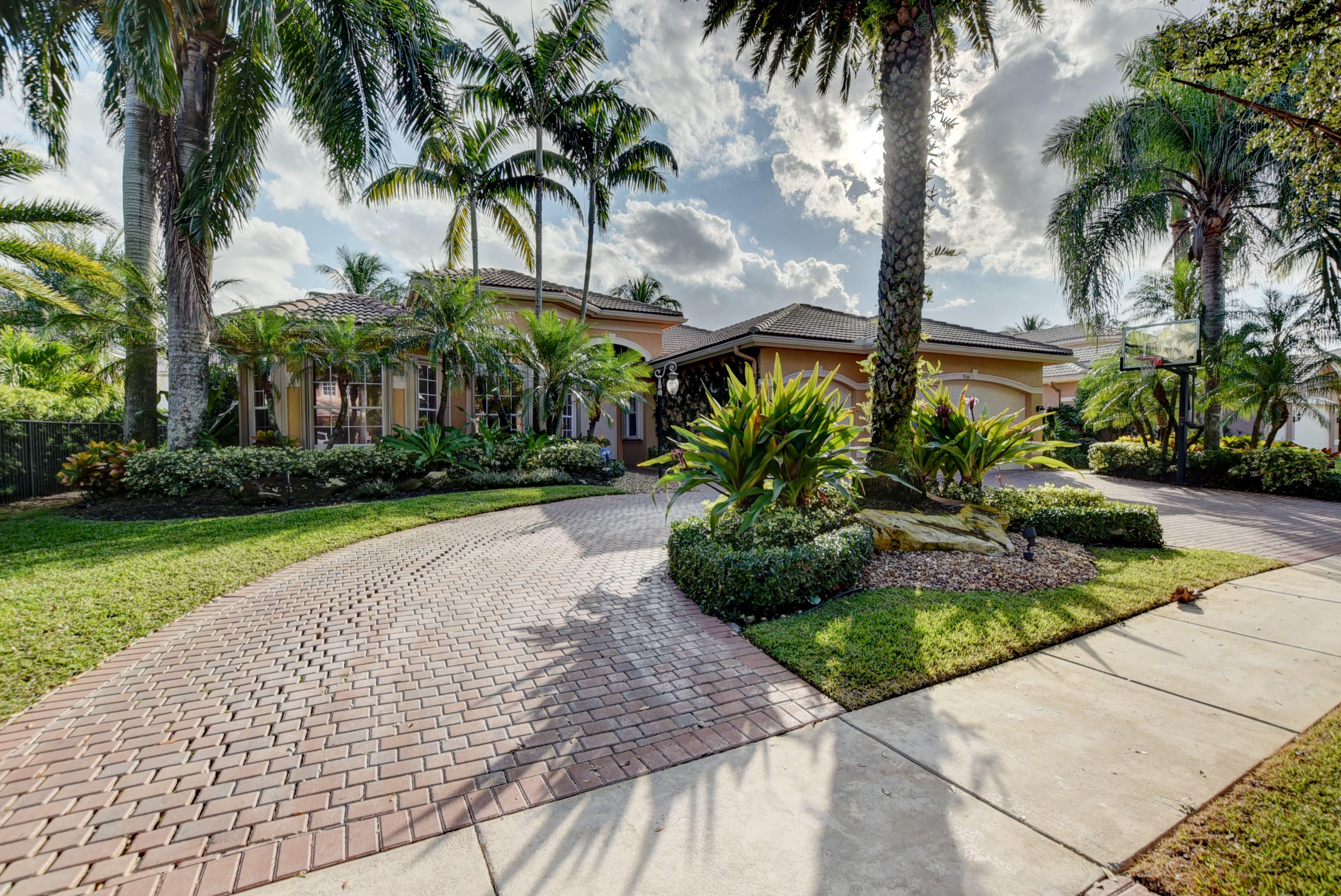 Photo of 9566 New Waterford Cove, Delray Beach, FL 33446