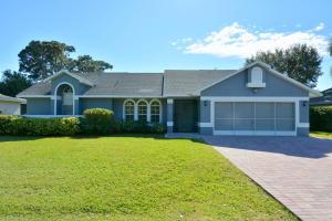 2422 SE Alfonso Avenue, Port Saint Lucie, FL 34952