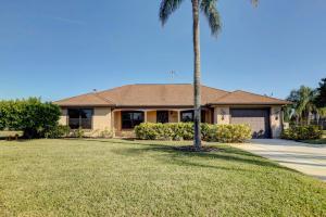 2200 SE East Dunbrooke Circle, Port Saint Lucie, FL 34952