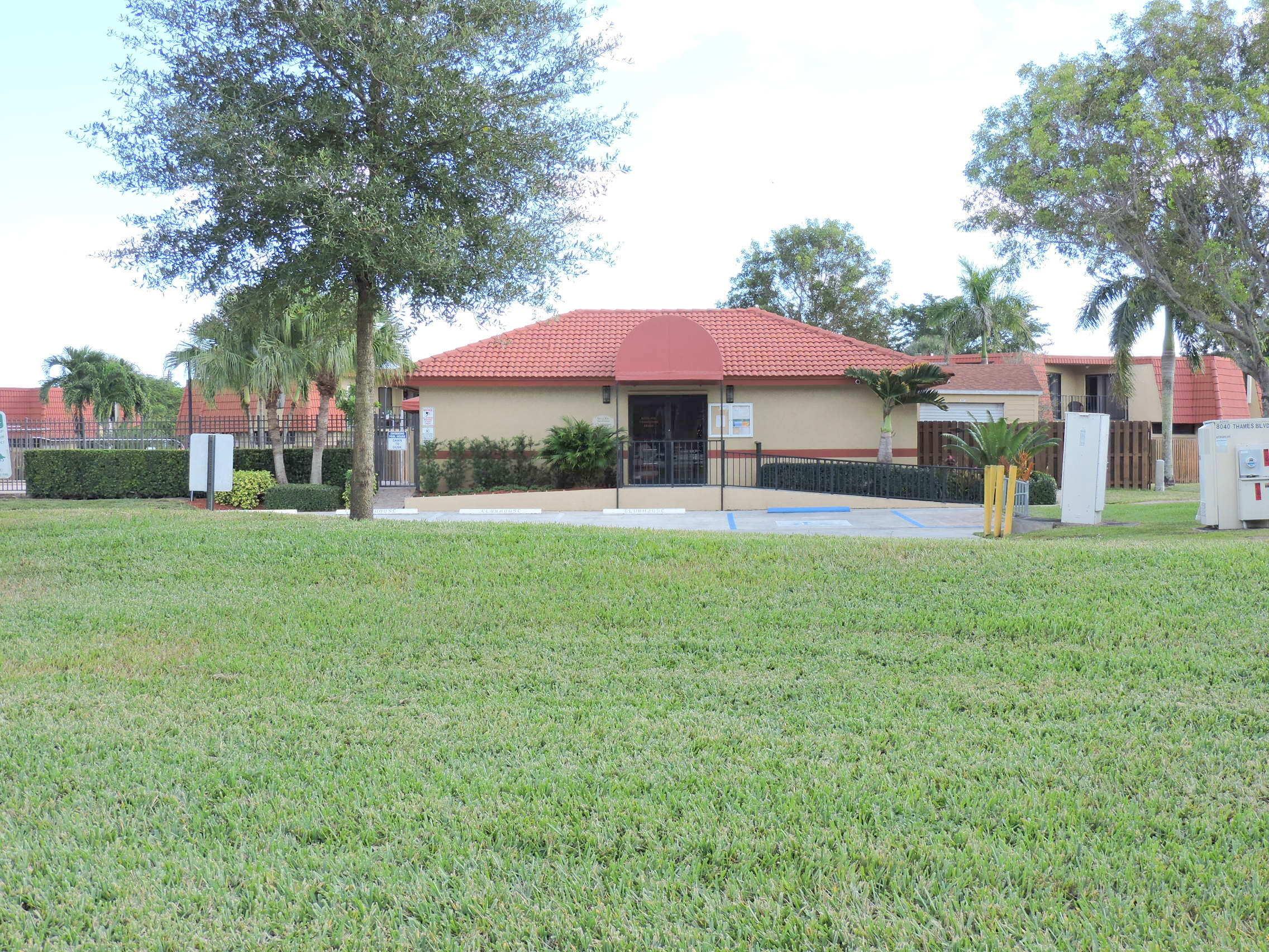 8400 Trent Court Boca Raton, FL 33433