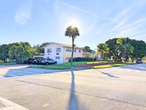 506 Date Palm Drive, Lake Park, FL 33403