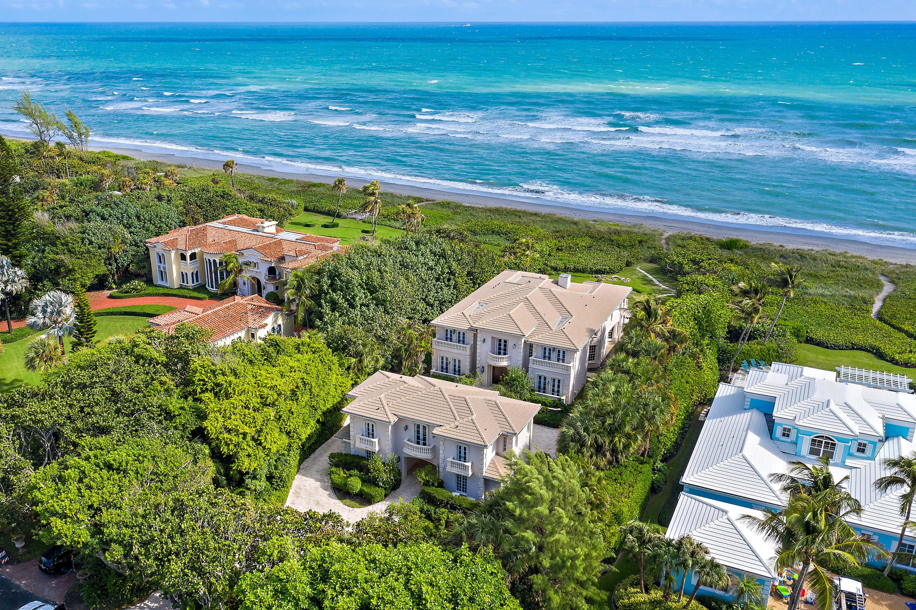 Photo of 19 N Beach Road, Hobe Sound, FL 33455