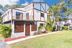 2451 Lena Lane, West Palm Beach, FL 33415