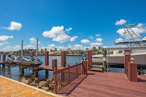 1009 Hillsboro Mile Hillsboro Beach FL 33062