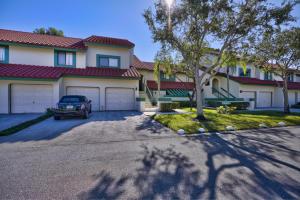19 Lexington Lane W, B, Palm Beach Gardens, FL 33418