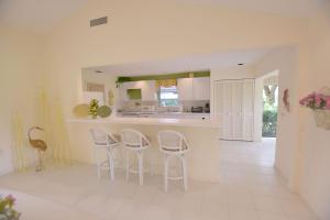 4483 Meadowlark Lane, Boynton Beach, FL 33436