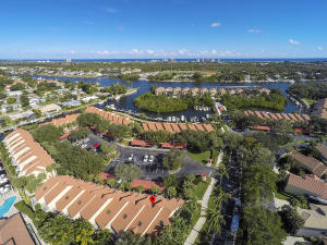2379 Treasure Isle Drive, 22, Palm Beach Gardens, FL 33410