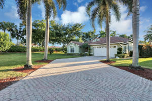 5774 La Gorce Circle, Lake Worth, FL 33463