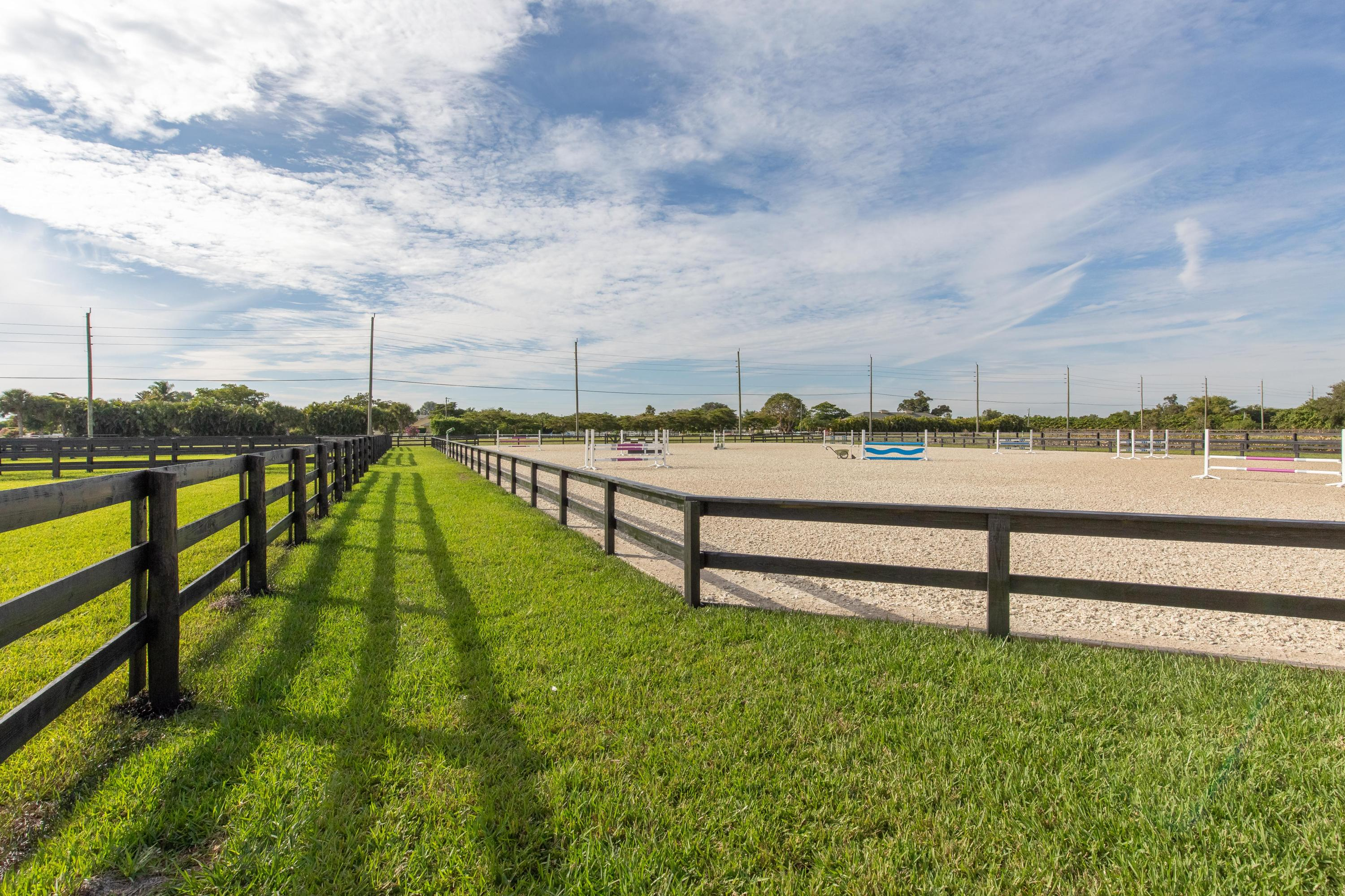 Wellington, Florida 33414, ,Land/docks,For Sale,Shutterfly,RX-10584580
